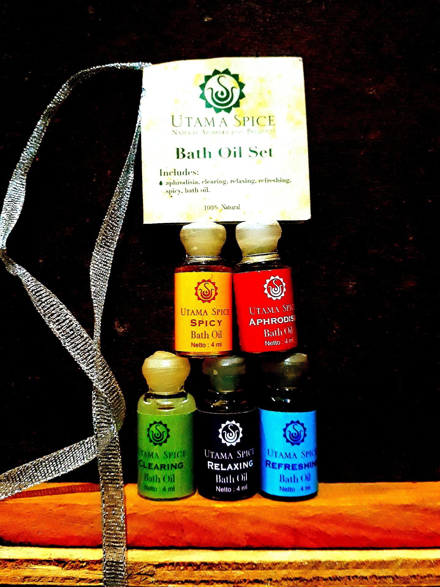 Utama Spice Bath Oil Set