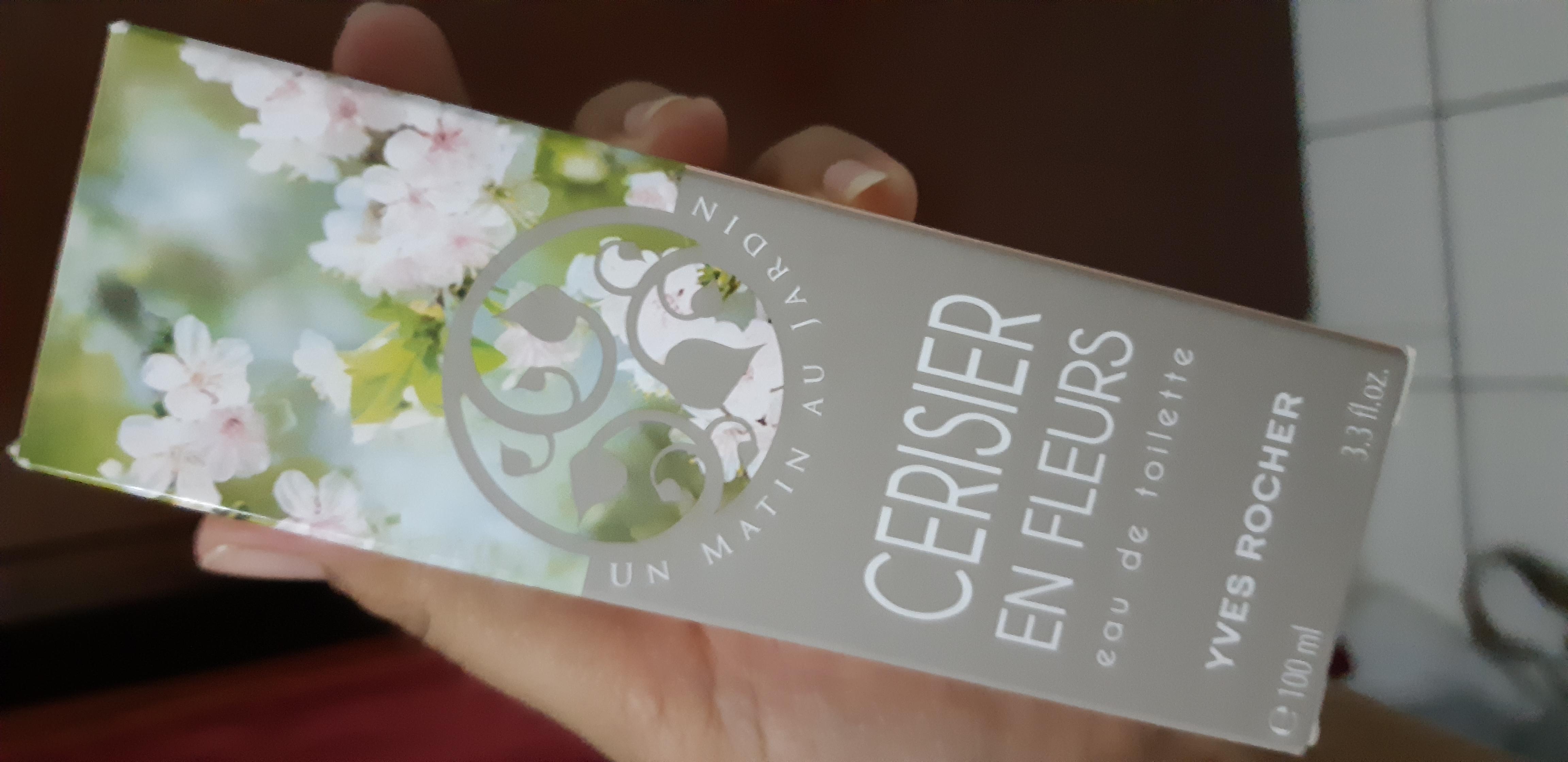 Yves Rocher Cherry Blooms Eau De Toilette - 100 ml