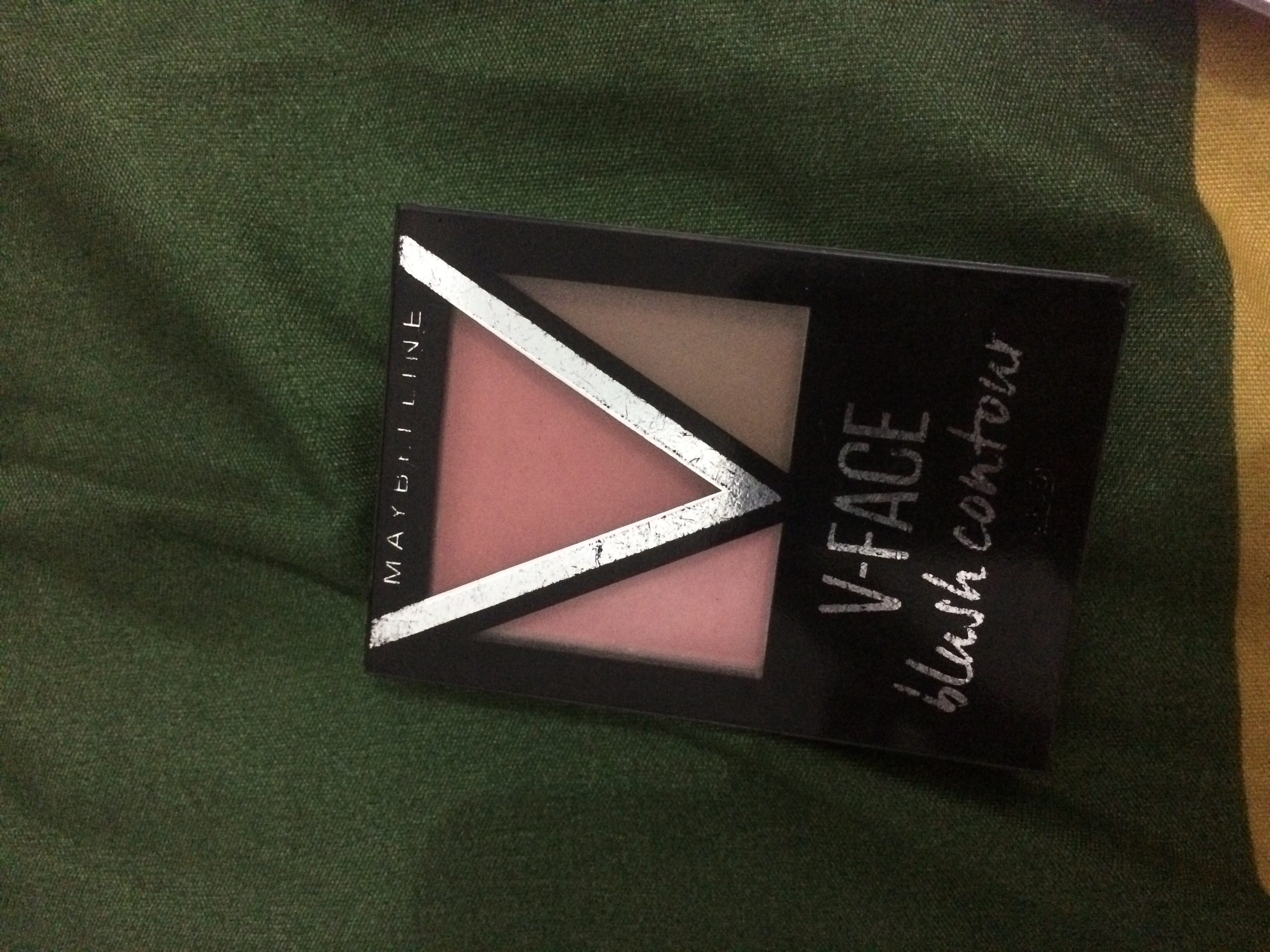 Maybelline V Face Blush Contour
