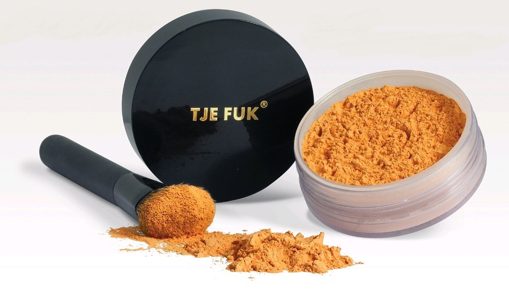 Tje Fuk Sun Screening & Whitening Powder