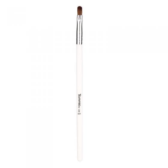 Tammia E01 lip brush